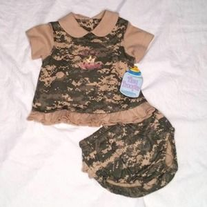 Army princess infant 9-12 Months two piece Camo